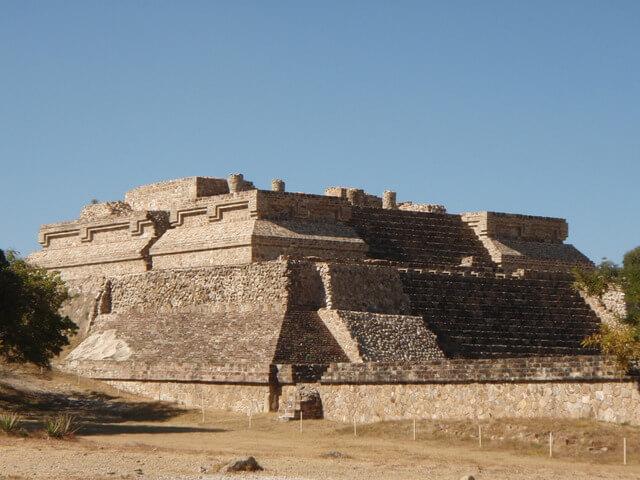 オアハカ歴史地区とモンテ・アルバンの古代遺跡