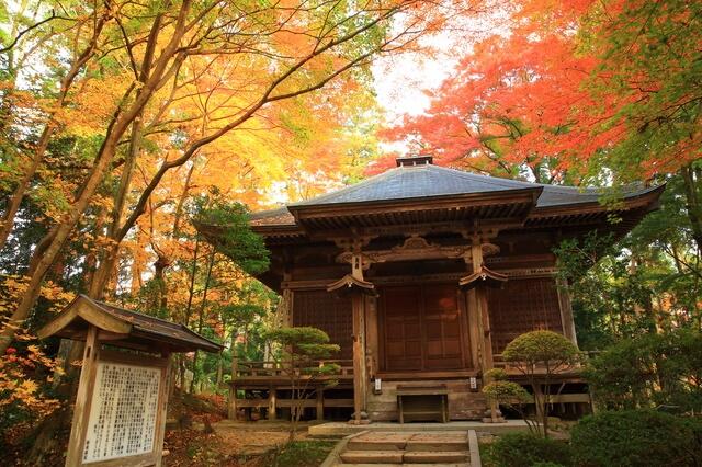 平泉-仏国土(浄土)を表す建築・庭園及び考古学的遺跡群-