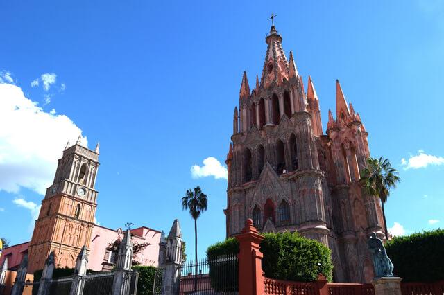 サン・ミゲルの要塞都市とヘスス・デ・ナサレノ・デ・アトトニルコの聖地
