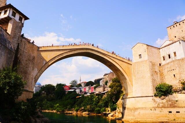モスタル旧市街の石橋地区の画像2
