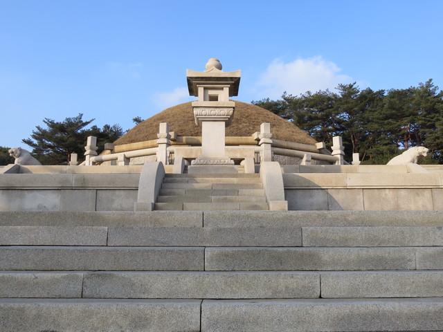 開城の歴史的建造物と遺跡の画像3