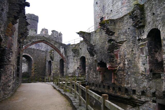 グウィネズのエドワード1世の城群と市壁群の画像7