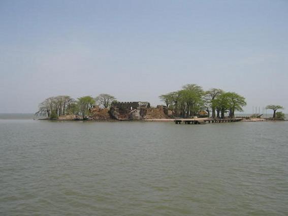 クンタ・キンテ島と関連遺跡群の画像3