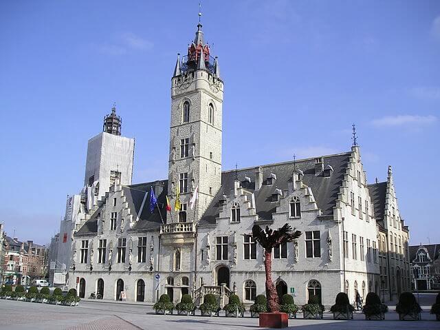 ベルギーとフランスの鐘楼群の画像12