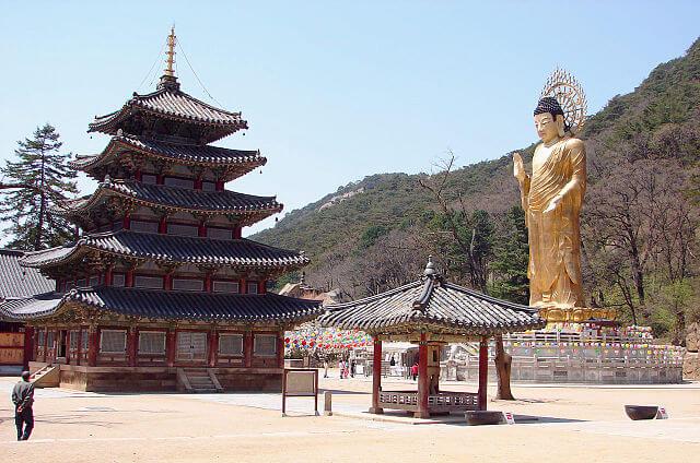 山寺(サンサ)、韓国の仏教山岳僧院の画像6