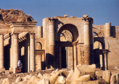 http://world-heritage.s3-website-ap-northeast-1.amazonaws.com/img/1499071452_Hatra_ruins.jpg