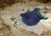 http://world-heritage.s3-website-ap-northeast-1.amazonaws.com/img/1504350912_Uvs-Nuur_Hollow,_Mongolia,_Russia,_Landsat.jpg